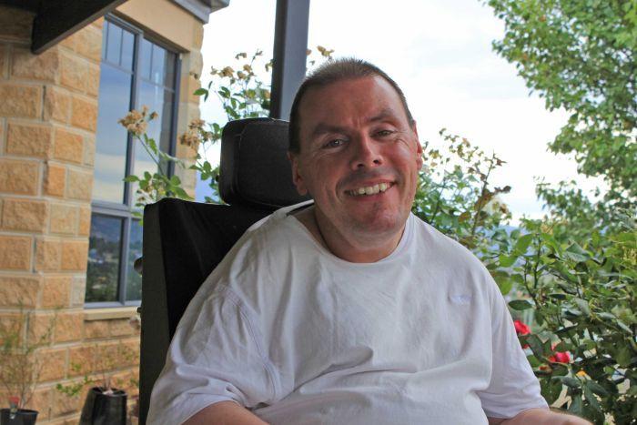 Quadriplegic Lee Bullock doesn't let physical limitations stop his music-making passion