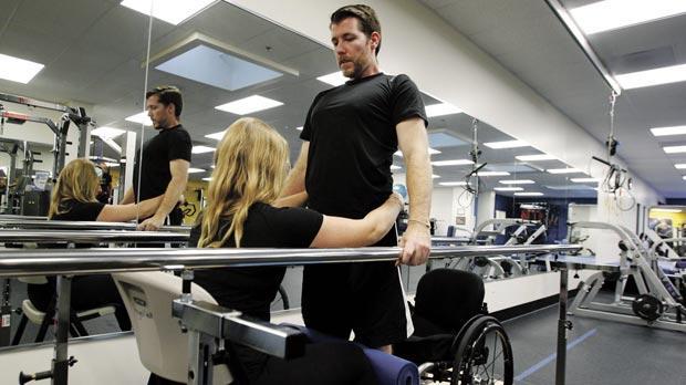 Paraplegic recounts relearning to walk via brain-computer link