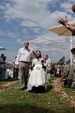 Quadriplegic bride marries her Iron Man