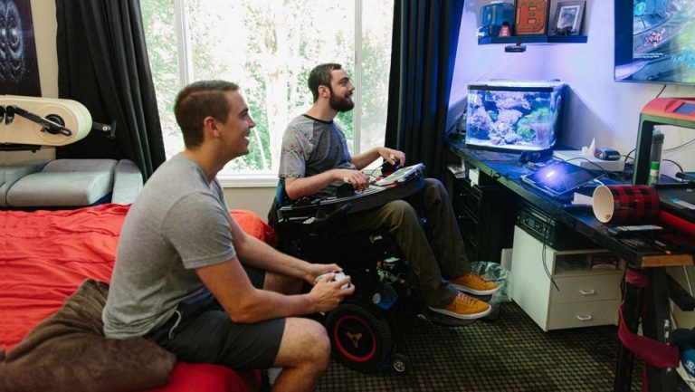 Quadriplegic 'Halo' Fan Builds Custom Controllers for Players With Disabilities