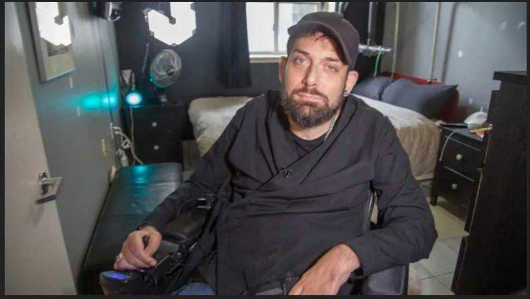 3-week wait for wheelchair repair shows system is 'broken,' says Toronto man