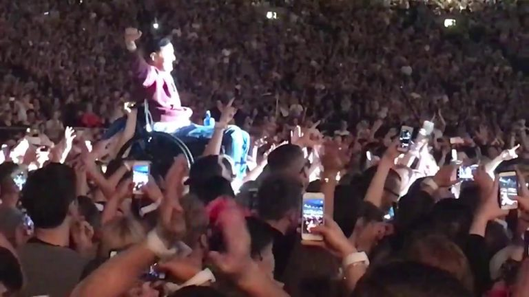 Guy in Wheelchair Crowd Surfs to Join Coldplay On Stage in Dublin